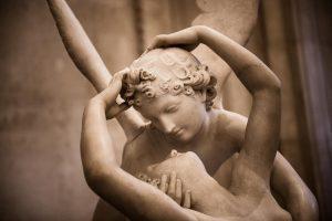 Cinci mitologii ale iubirii si modalitati de a inviora relatia de cuplu