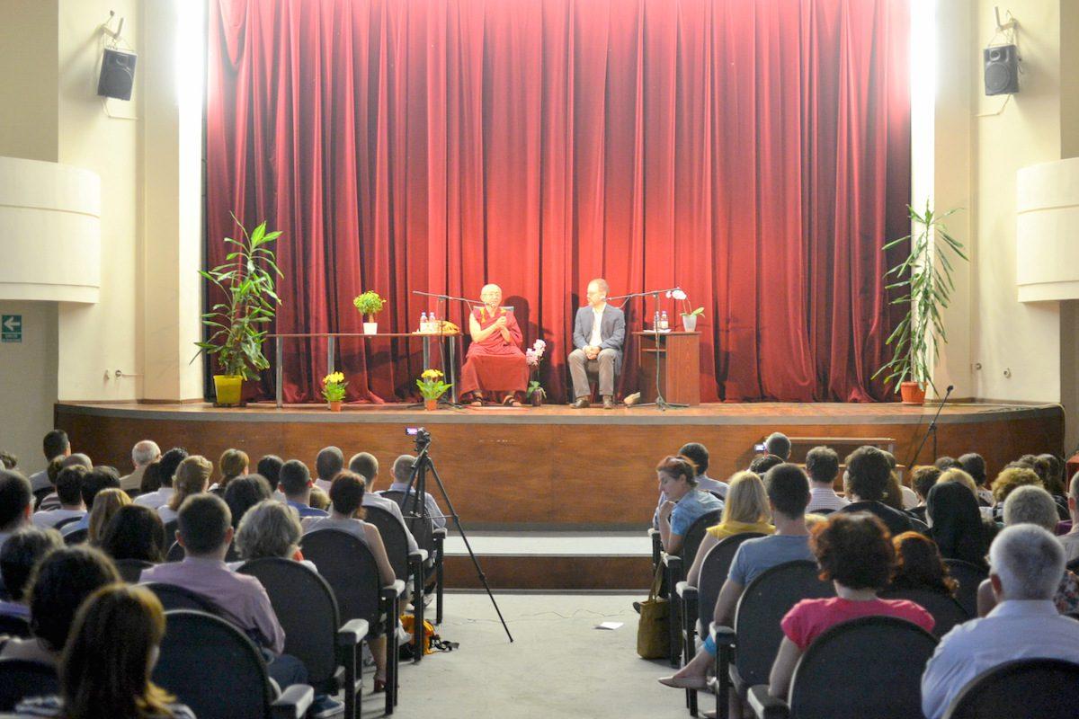 Gonsar Rinpoche conferinta