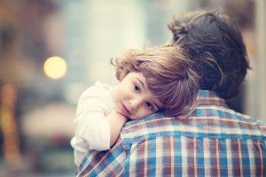 Un părinte bun este întotdeauna Mai Mare, Mai Puternic,  Mai Înțelept și Blând