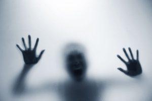 Cum să folosești frica înainte de a se folosi ea de tine