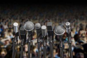 Frica mea de a vorbi în public. Când mă prezint în fața unui auditoriu ca în fața plutonului de execuție