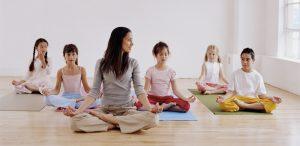 Cum să îi învățăm pe copiii noștri abilități prin care să-și creeze și mențină starea de bine?