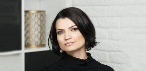 Despre schimbare, despre sens și echilibru - Interviu cu Larisa Petrini