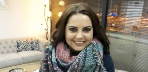 interviu-mihaela-gaspar-orice-femeie-se-simte-bine-%c8%8bn-pielea-ei-insa-poate-cuceri-lumea-atunci-cand-poarta-un-ruj-rosu