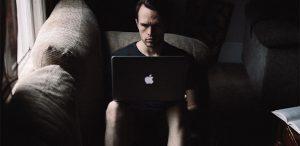 bullying-online-ce-este-si-cum-ii-facem-fata-sfaturi-utile-de-la-experti