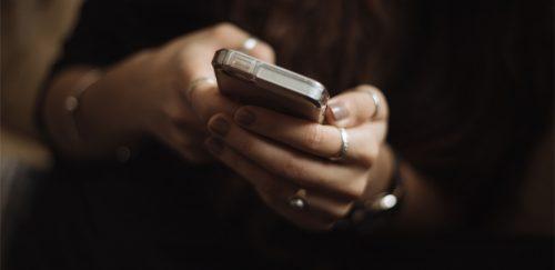 """Detoxifierea digitală şi recomandări pentru o """"viaţă digitală mai sănătoasă"""""""