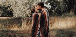 cum-putem-readuce-in-prag-de-iarna-vara-in-cuplu
